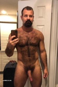 sacred-and-beautiful-penis-selfie-hairy-dad