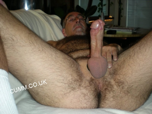 Cock-Stretching-Techniques-hung-old-man