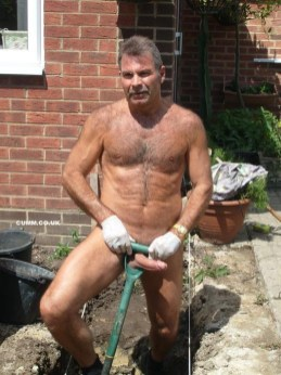 over-50-naked-workman-cock-exposed