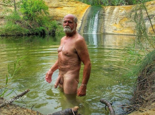 over-50-naked-grandads-in-public