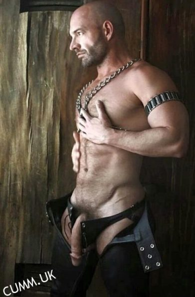hung hung leather daddy