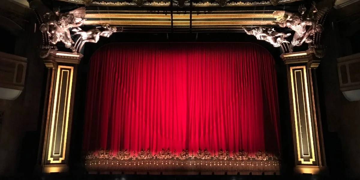 west end theatres can reopen in