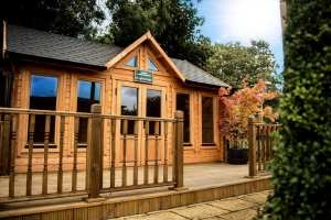 Log Cabin Knightsbridge Range KNI011