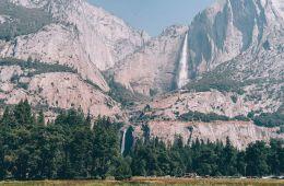 Waterval bij Yosemite