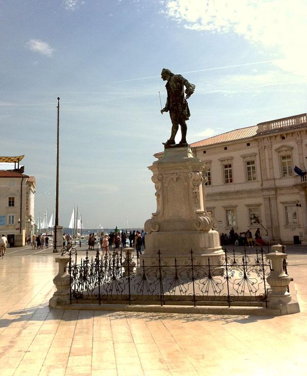 La statua di Tartini nell'omonima piazza (Foto: Caterina Chimenti / Lonely Traveller, licenza CC 2.0)