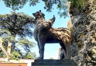 L'ippogrifo, una delle tante creature mitologiche o con forte valenza simbolica che si trovano all'interno della RocchettaFoto: Caterina Chimenti / Lonely Traveller