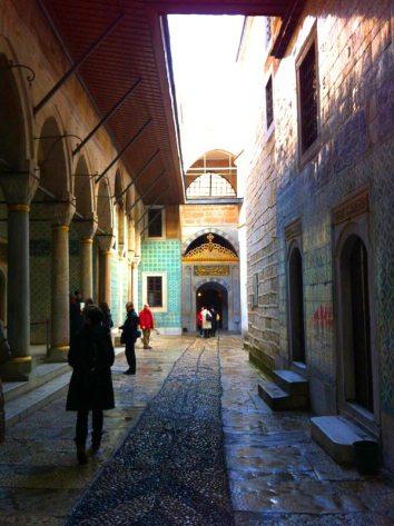 Interno del Topkapi, Istanbul (Foto: Caterina Chimenti / Lonely Traveller, licenza CC 2.0)
