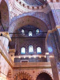 Interno della Moschea Cami, Istanbul (Foto: Caterina Chimenti / Lonely Traveller, licenza CC 2.0)