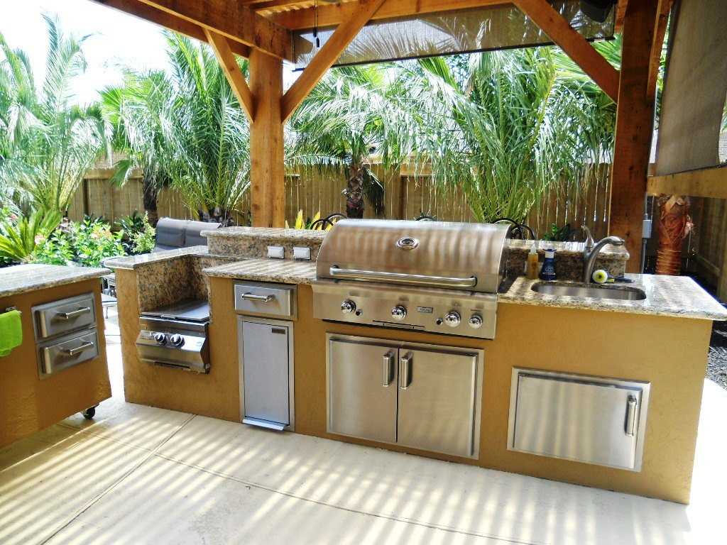 Outdoor Kitchens in Houston Texas  Lone Star Patio Builder