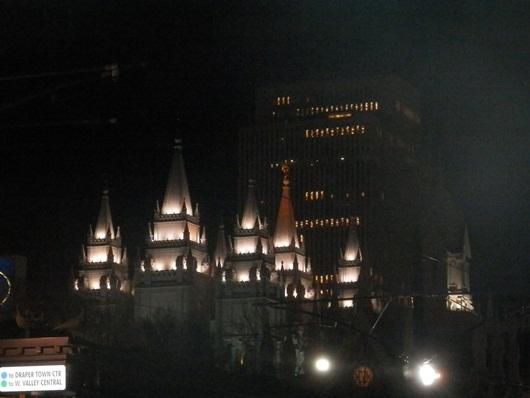 the cathedral at Salt Lake City at night