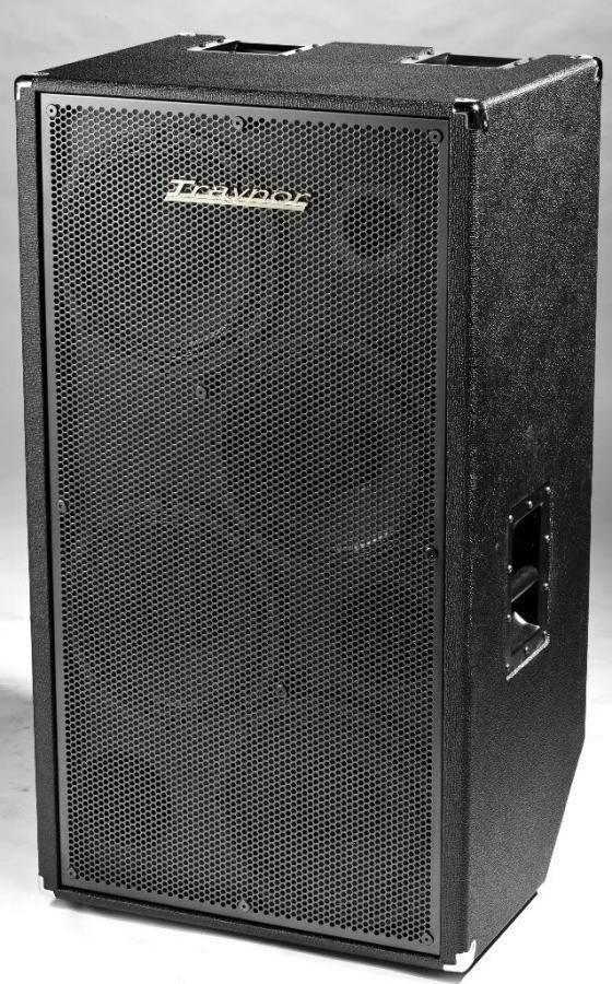 Traynor 900 Watt 4x12 Neodymium Woofer Bass Cabinet  Long