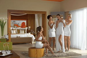 Breathless Punta Cana Resort & Spa - Weddings - Enjoy getting ready with your closest friends on your wedding day