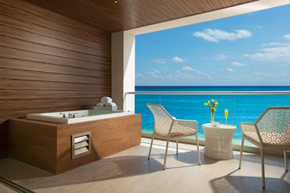 Breathless Riviera Cancun Resort & Spa - Accommodations - xhale club Junior Suite terrace