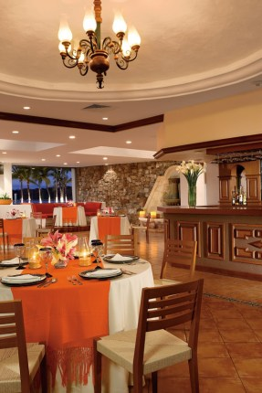 Dreams Huatulco Resort & Spa - Restaurants & Bars - Savor authentic Mexican cuisine at the El Patio restaurant