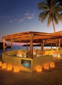 Dreams Huatulco Resort & Spa - Restaurnats & Bars - Oceana offers fresh seafood under a giant palapa overlooking the ocean