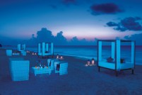 Dreams Riviera Cancun Resort & Spa - Weddings - Lounge Party