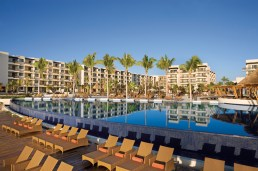 Dreams Riviera Cancun Resort & Spa - Activities - Pool