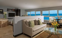 Dreams Sands Cancun Resort & Spa - Accommodations - Living Room