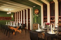 Secrets Royal Beach Punta Cana - Restaurants & Bars