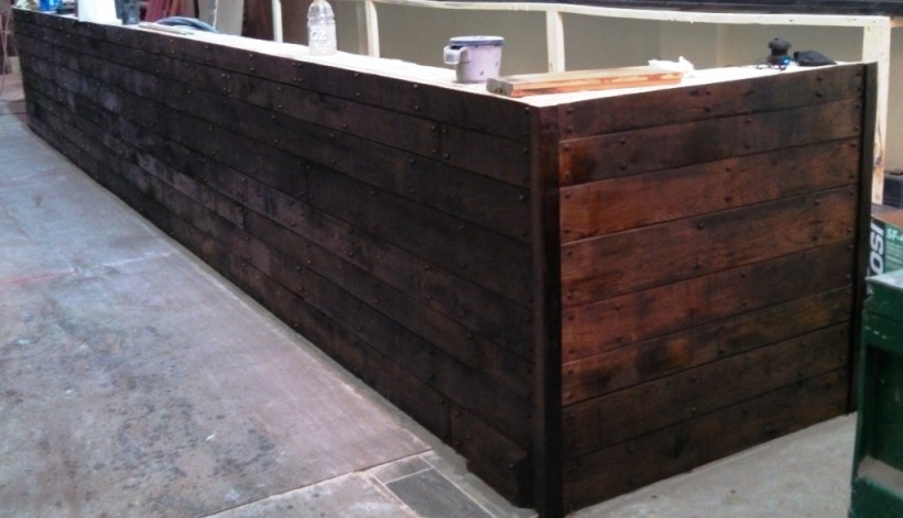 Timber Frame Furniture: Bar