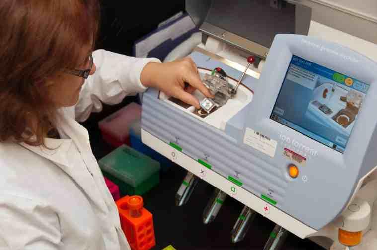 dna test sequencing machine