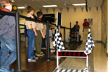 pinewood_derby_210215_IMG_7274-360