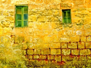 old-wall-1042008_640