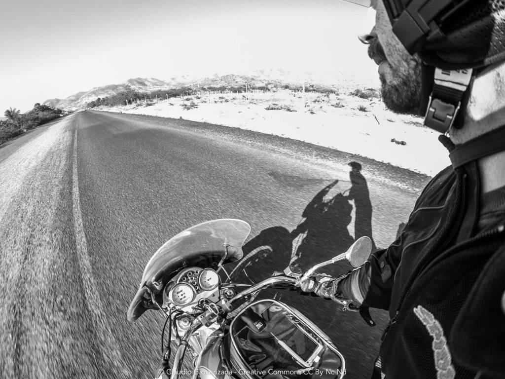 il ferro e claudio in moto
