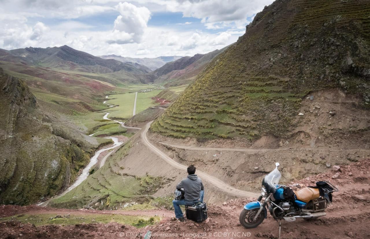 Viaggio in moto nelle montagne del Sud del Perù