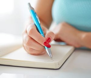 Automatic Writing – Call Looking Beyond Master Psychic Readers 1-800-500-4155 now!