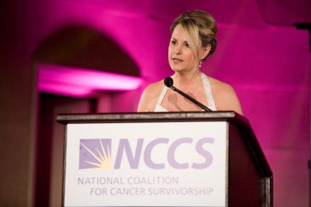 Kim-Becking-Looking-Forward-Living-Life-Coach-Divorce-Author-Speaker-NCCS