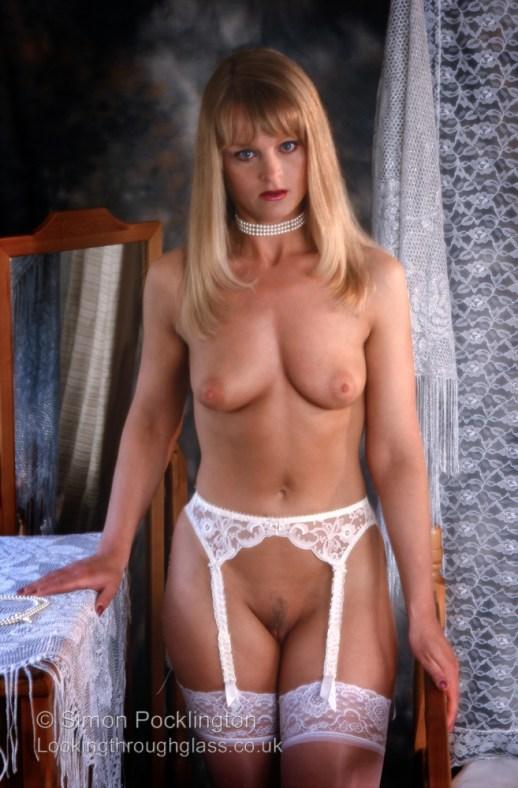 professional nude model