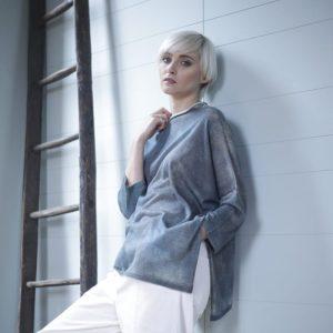 Kira over azzurro