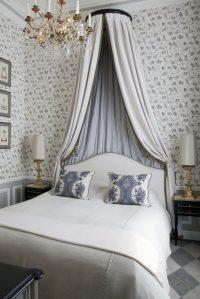 40 Exquisite Parisian Chic Interior Design Ideas - Loombrand