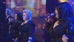 """X Factor 2010: Big Soul eröffnen mit """"It's Raining Men"""" den Abend"""