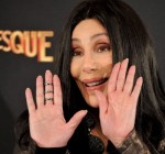 cher-and-christina-aguilera-attend-burlesque-photocall