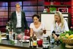 Promi Kocharena: Florian König, Jessica Wahls und Maja am Herd