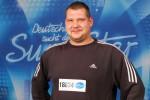 DSDS 2011: Marvin Cybulski frisst das Heimweh! - Promi Klatsch und Tratsch