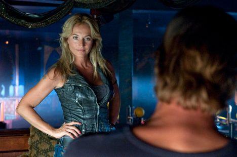 Caroline Beil als Stripclub-Besitzerin