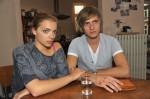 Emily (Anne Menden) und Philip (Jörn Schlönvoigt)