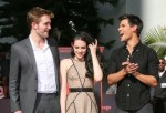 Robert Pattinson, Kristen Stewart und Taylor Lautner in Zement