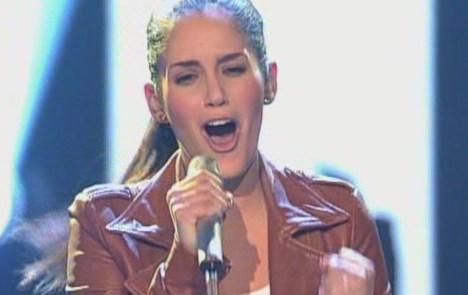 """X Factor 2011: Raffaela Wais verpasst den Einsatz bei """"This Love"""" - TV News"""