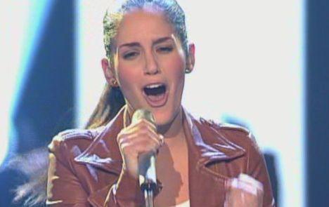 """X Factor 2011: Raffaela Wais verpasst den Einsatz bei """"This Love"""" - TV"""