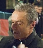 Hannes Jaenicke lebt aus dem Koffer - Promi Klatsch und Tratsch