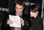 """The Twilight Saga: New Moon"" Hollywood & Highland Hot Topic Cast Signings"