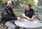 Sebastian Vettel nur selten mit Freundin bei der Arbeit! - Promi Klatsch und Tratsch