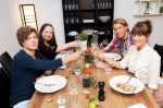 Das perfekte Promi-Dinner: GZSZ Spezial mit Raul Richter, Jascha Rust, Senta-Sofia Delliponti und Isabell Horn - TV