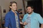 Dominik (Raul Richter, li.) und Tuner (Thomas Drechsel)