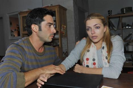 Tayfun (Tayfun Baydar) und Emily (Anne Menden) bei GZSZ
