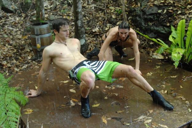 Dschungelcamp 2013: Claudelle Deckert, Patrick Nuo und die wilden Wasserspiele! - TV News